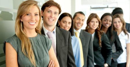 photodune-431529-business-people-m_Aufbauweiterbildung_Pflegedienstleitung.jpg