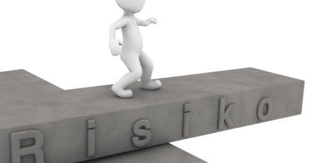 risk-1027880_1920_Fotor